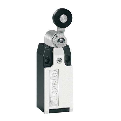Roller lever plunger